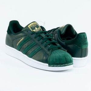 Adidas green superstar sneakers, size 9.5